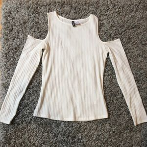 H&M cold shoulder top